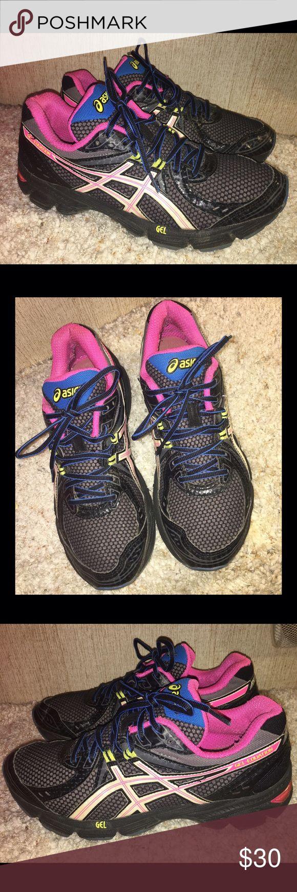 Asics Women's Athletic Shoes Size 9.5 Asics Women's Athletic Shoes Size 9.5- Gently Used Condition Asics Shoes Athletic Shoes