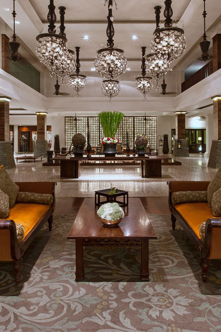 Beautiful lobby at St Regis Bali