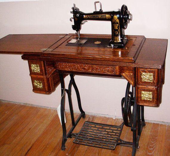 Wheeler and Wilson W9 Antique Treadle Sewing Machine ca 1895