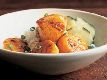 Vietnamese Braised Scallops from Cookstr (http://punchfork.com/recipe/Vietnamese-Braised-Scallops-Cookstr)