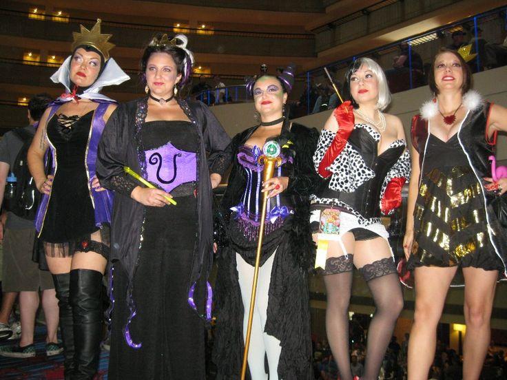The 25+ best Geeky halloween costumes ideas on Pinterest | Nerdy ...