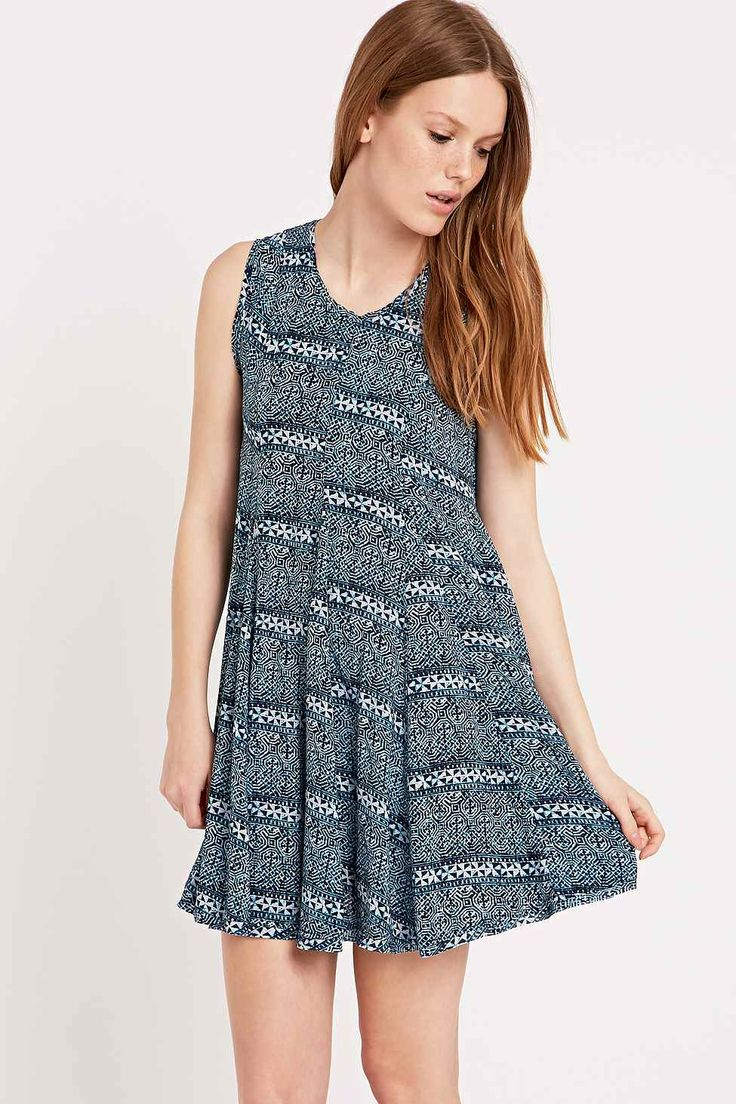 Ecote Clary Open Back Dress in Blue