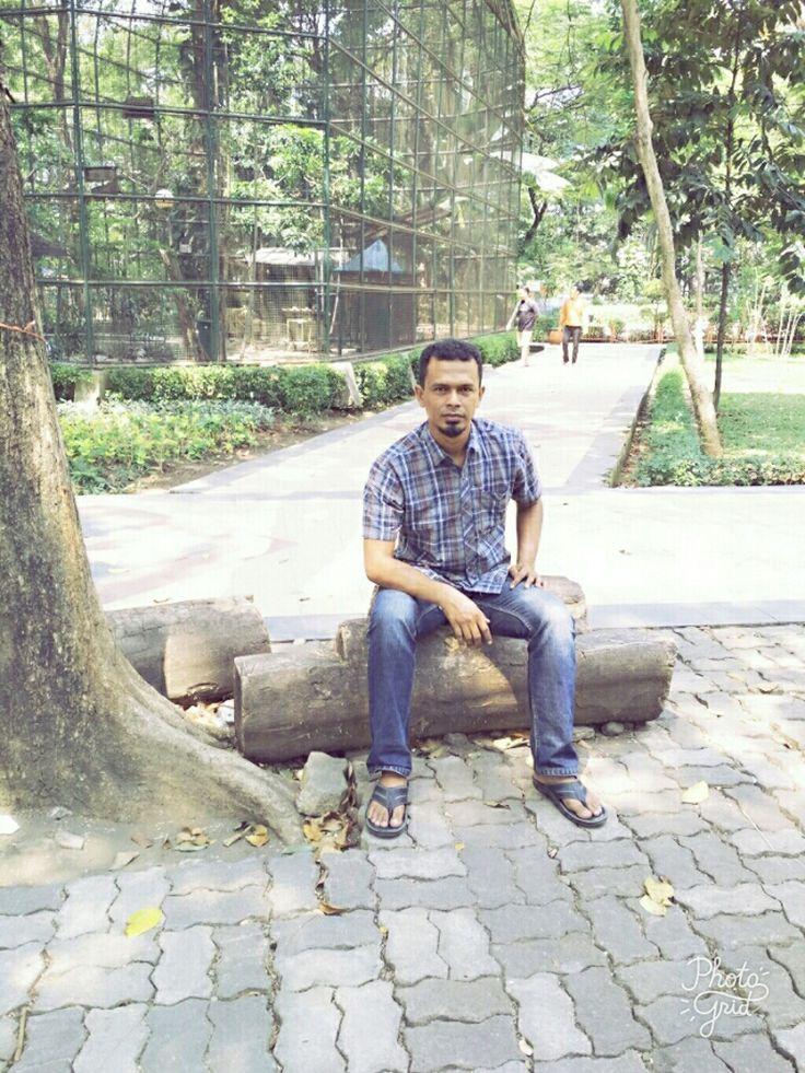 Sulton di taman kota