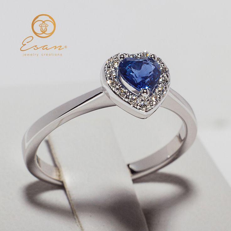 Inel de logodna cu safir inima si diamante ES146