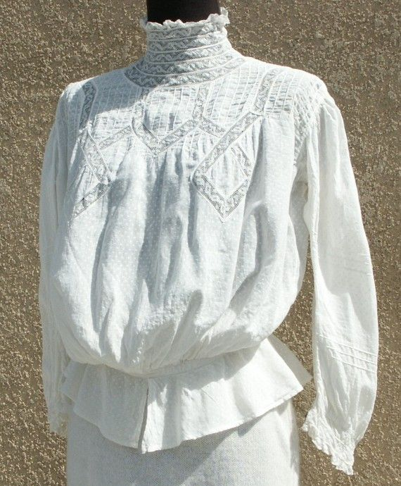 DAINTY VICTORIAN or Edwardian Blouse, Shirtwaist, White Cotton, Women's size Small or XS