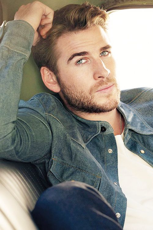 Liam Hemsworth - vegan.
