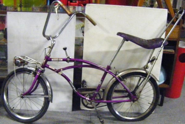 1970's toys - Oh yes!!! This was what my first (hand-me down) Malvern Star Bike looked like. I remember the seat was purple and had glitter on it.