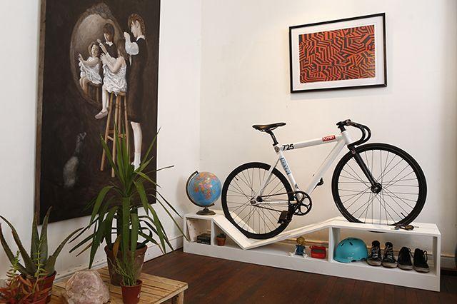 """""""Desenhamos objetos para um futuro onde arte, qualidade de vida e urbanismo se combinem favoravelmente graças a paixão pelo ciclismo e pelo design."""", é com essa frase que nos deparamos ao abrir o site"""