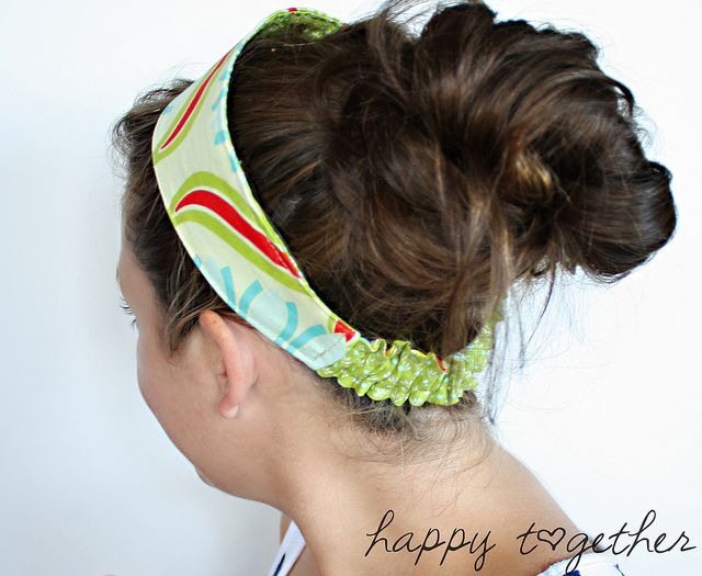 Headband on by ohsohappytogether, via Flickr