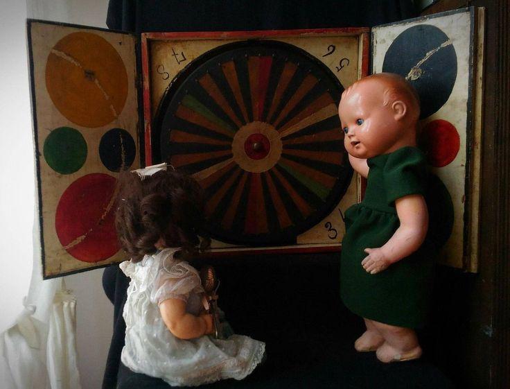 antique toy fortune whell circus clown country fair sideshow oddities  Antico gioco ruota della fortuna in legno circo fiera di studyartantique su Etsy