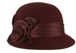 1930s Fashion: Love this style of hats. Sometimes... Well a lot of times I wish that I was around to live back then.