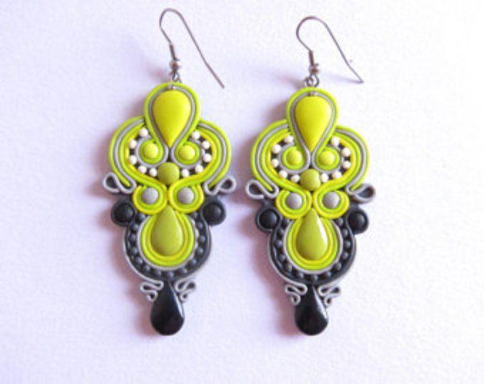 Pendientes verdes, amarillo limón pendientes, pendientes de limón, cal pendientes, pendientes de la lámpara, aretes de Dama de honor, Fimo de joyas Dama de honor de la cal