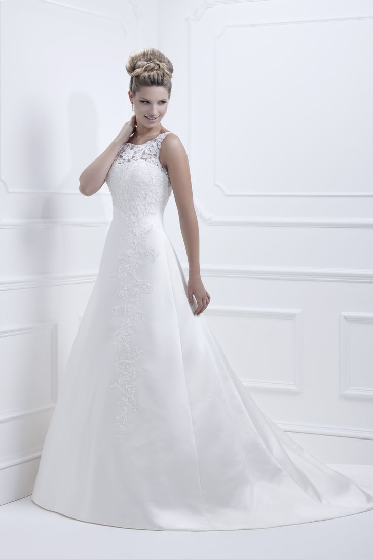 The Ellis Kelsey Rose Wedding Dress Collection Carried At London Bride Is A Family Run Business With Its Origins In S East
