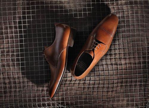 Club Premiere, nueva tienda online de zapatos de lujo para caballero. Web: http://clubpremiere.es/