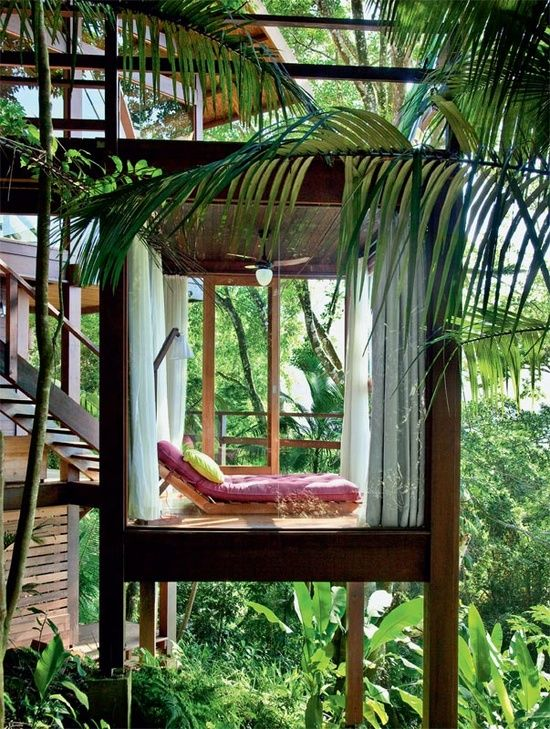Nature design homes #jungle #design #dreamhome Source: http://regardsetmaisons.blogspot.fr/