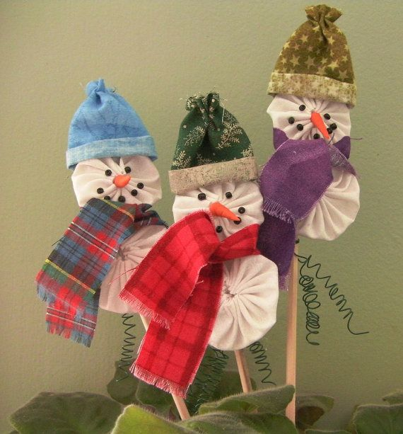 Snowman Ornament Kit - Make Three Adorable Snowmen into Pins, Brooches, Plant Pokes, Package Toppers or Ornaments. $10.00, via Etsy.