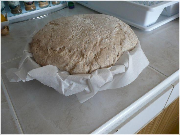 nakynutý chléb kváskový, kvásek mi žije již od 6. 1. 2015
