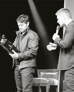 Frases, e fotos sobre o otp Jensen Ackles e Misha Collins, (Cockles) #humor Humor #amreading #books #wattpad