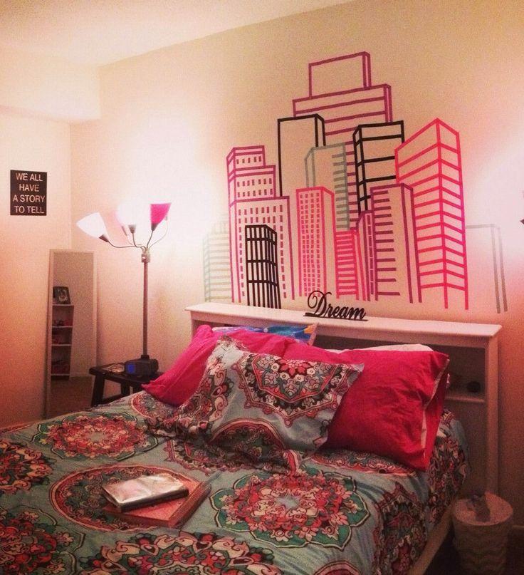washi tape | Washi tape Headboard wall in bedroom, design by Nora and Beth Dobias ... wil jij dit ook maken? kijk dan eens op masking-tapes.nl voor de leukste masking-tapes!