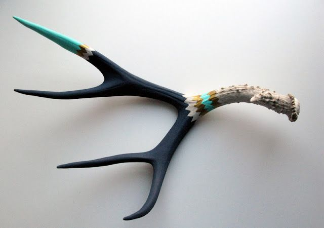 Lisa Mende Design: DIY - Painted Deer Antler Sheds