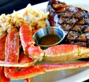 Steak And Crab Legs At The Tin Top Restaurant Oyster Bar Gulf Ss Orange Beach Fort Morgan In 2018 Restaurants