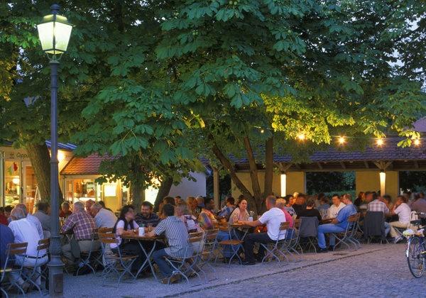 Knulp and his friend sometimes ate in such a beer garden.  Beer Garden Culture in Germany    manila.diplo.de