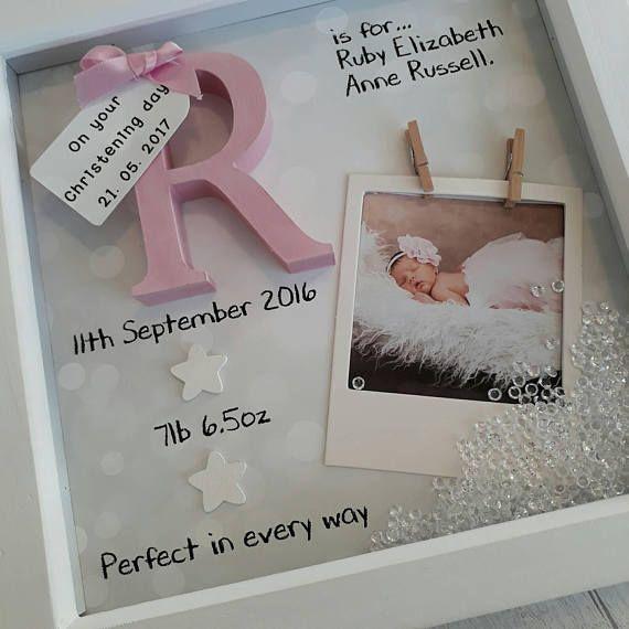 Neues Baby-Geschenk, Baby Girl Geschenk, Geschenke für Neugeborene, 1. Geburtstagsgeschenk, Patenkind Geschenk, Geschenk für Nichte, Kindergarten drucken, personalisierte Andenken