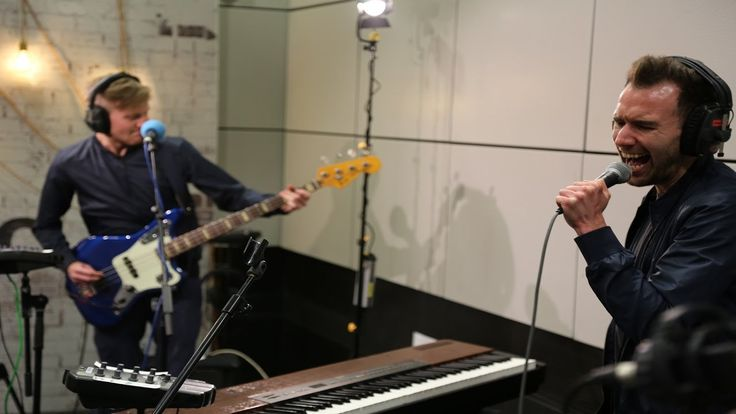 Dutch Uncles - Big Balloon (6 Music Live Room session) - YouTube