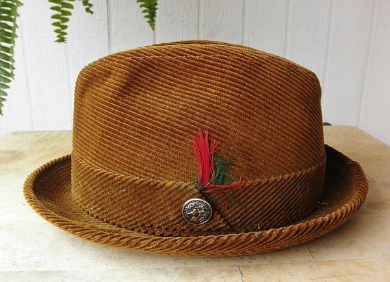Vintage men's hat for sale on Etsy.