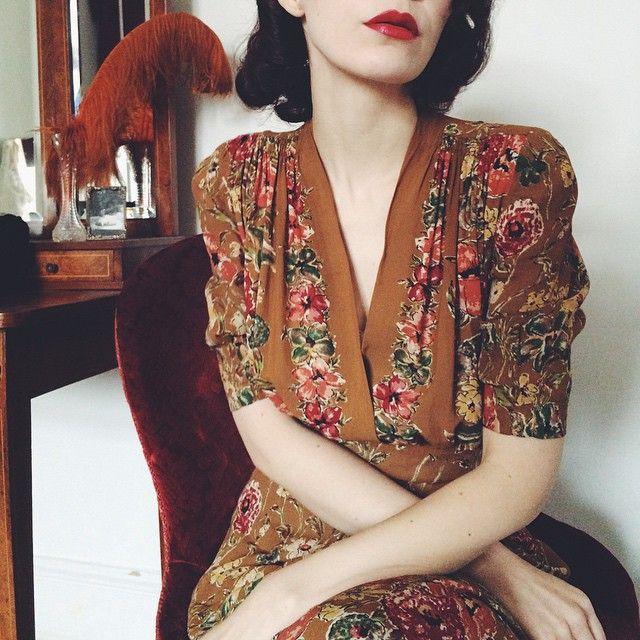 vintage, style, fashion, 1930s, dress, autumn, floral