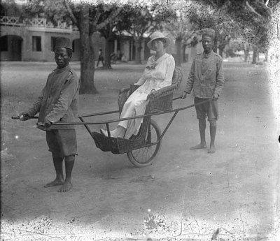 «Молодые африканцы должны воспитываться в осознании того, что между ними и белыми девушками лежит граница, переходить которую категорически запрещено»   Газета «Deutsche Kolonialzeitung», 1896 год.