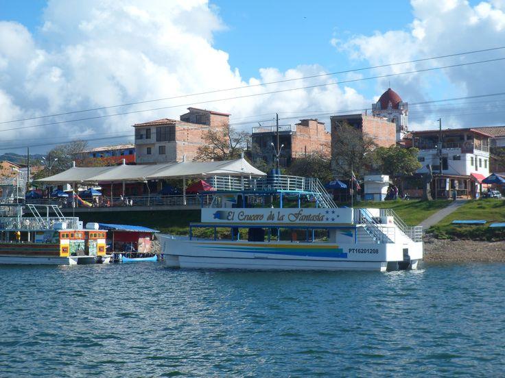 El pueblo de Guatape.