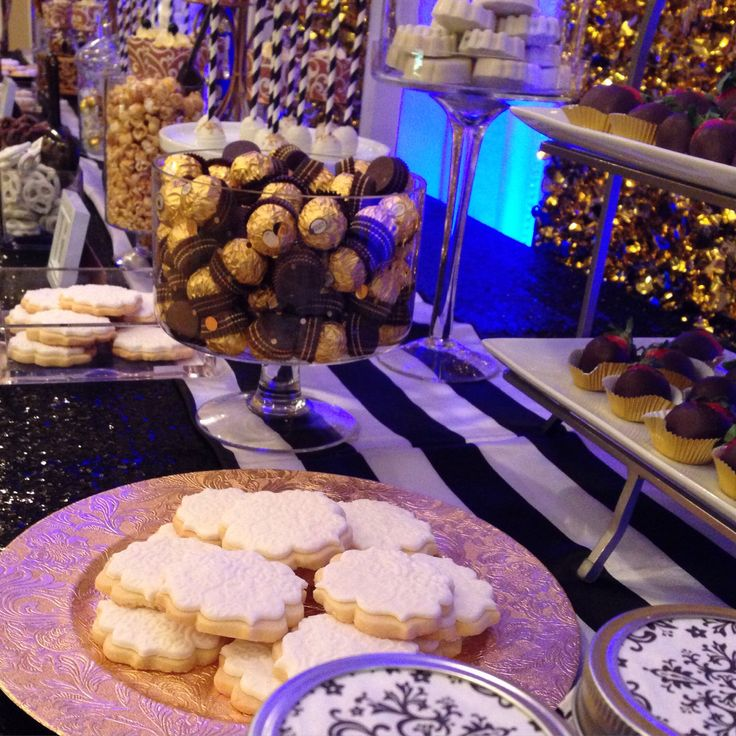 Birthday Party -turning 40- Sweet Buffet -candy Bar -gold