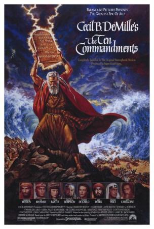 toute la force des 10 commandements sur cette affiche  les tables de la loi touché par la foudre de dieux  la mer qui se déchaine et se sépare en deux en arrière plan