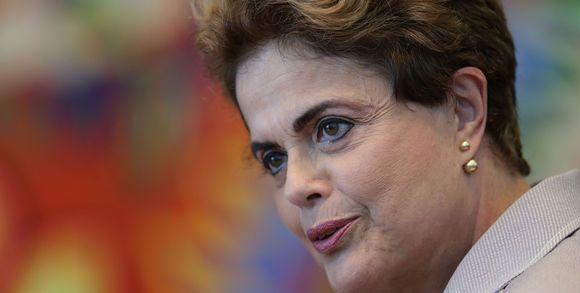 Le journal de BORIS VICTOR : Brésil : Dilma Rousseff vers un procès en destitut...