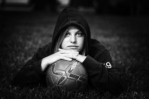 soccer senior pictures | Tumblr