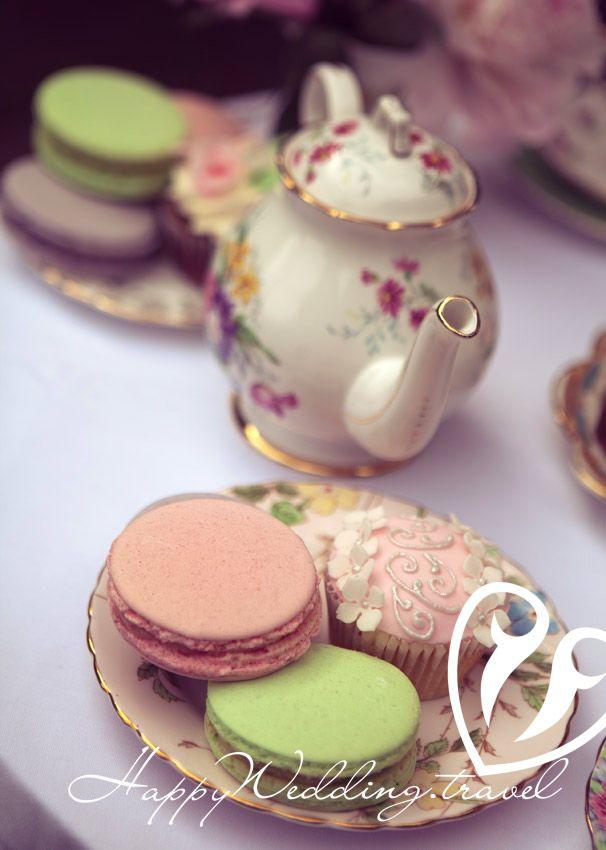 wedding  macaroons, макарон на свадьбе в Чехии. Фотограф Сергей Секуров, Wedding sweets, tea party, wedding tea party, свадебное чаепитие