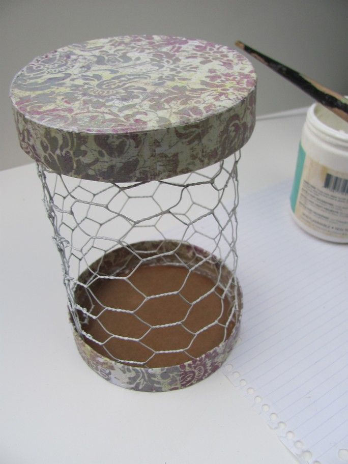 Storage Made From Chicken Wire Is Tres Chic The Instructions Are Not For Recycled Materials Wire Craftsdecor Craftsdiy Home