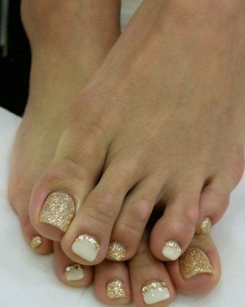 25+ best ideas about Bridal Toe Nails on Pinterest | Wedding toe ...