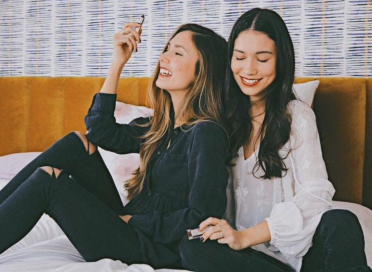 Os hablé el otro día de la nueva línea de barras de labios de #EstèeLauder!! Si no las habéis descubierto aún pasaros por un punto de venta y os aseguro que encontraréis alguna que os enamora!! #PureColorLove #maquillaje #lovelipremix #EsteePartner ❤️ pic: @donungaro