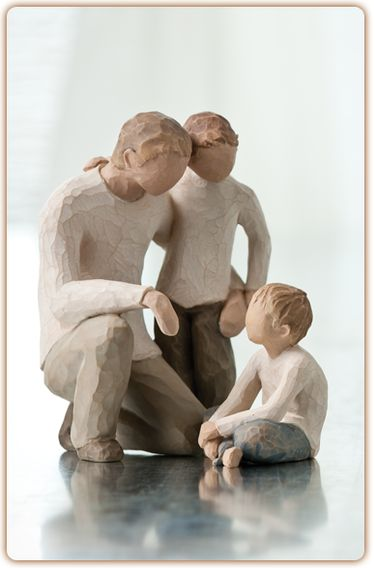 Willow Tree figure:Father with 2 children (wish it had 3 boys)
