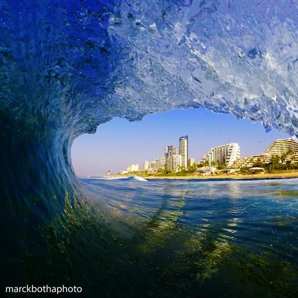 What a beaut!! Durban picture by Marck Botha. #GottaLuvKZN