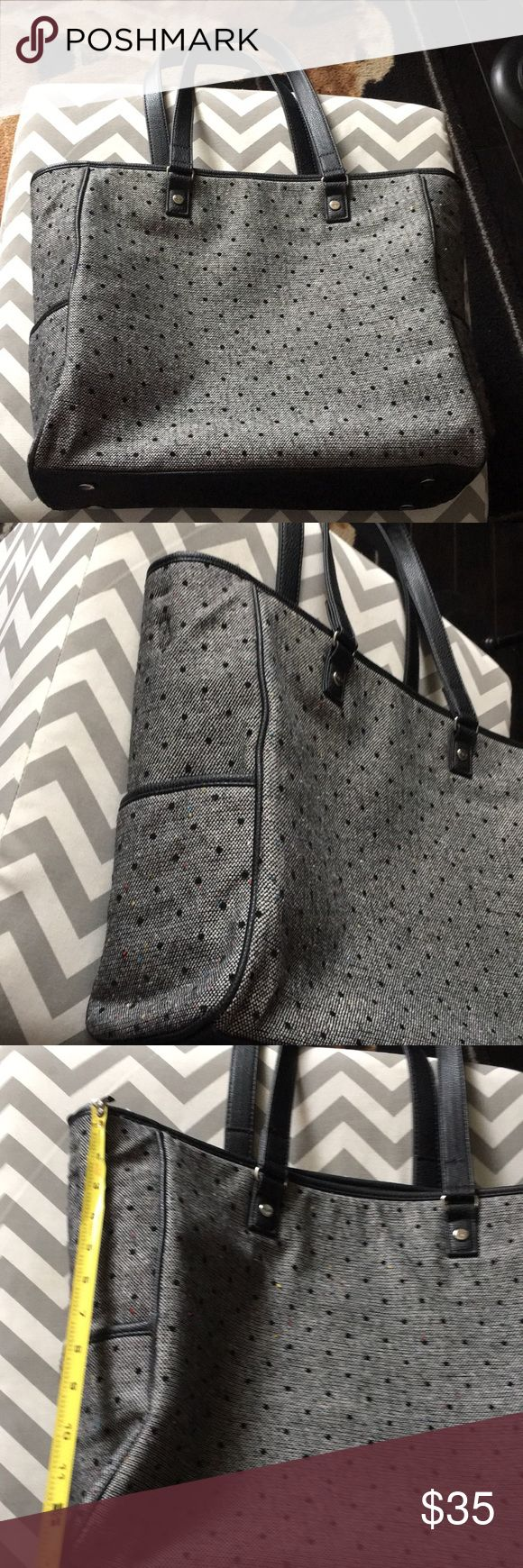 Thirty one tote like new Thirty one tote like new. thirty one Bags Totes