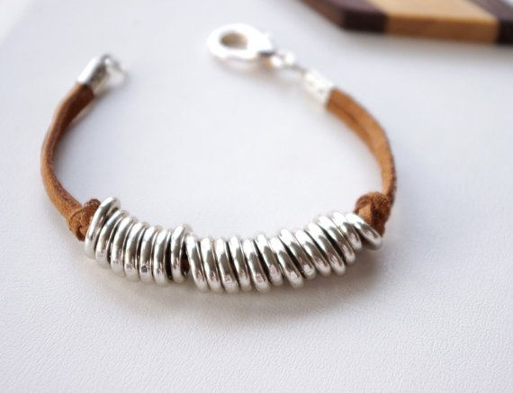Jump rings bracelet - not necessarily w the brown leather but cute!!