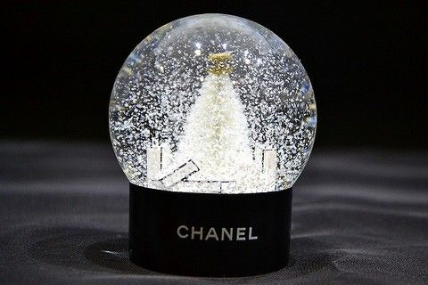 Chanel - New VIP Chanel Collectable Snow Globe With Shopping Bag | MALLERIES