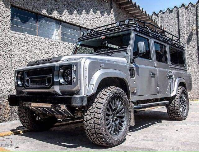 Land Rover Defender 110 Td4 SW TWISTED. Impressive. It like to me so much.