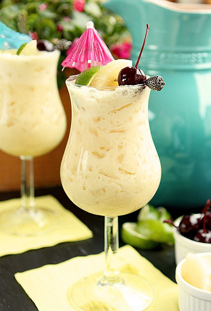 Piña Colada – A Classic Cocktail - Some dark rum, a bit of OJ and some pineapple chunks get into the blend. And it is good! #CreateWithDole #KingofJuices #ad