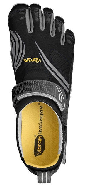 Designed for cross-training, the FiveFingers KomodoSport multisport shoes take the popular KSO and introduce a friction-reducing footbed to enhance comfort.Komodosport Multisport, Fivefingers Komodosport, Friction Reduce Footbed, Multisport Shoes, Shoes Men, Popular Kso, Nutrition Tips, Enhancer Comforters, Six Pack