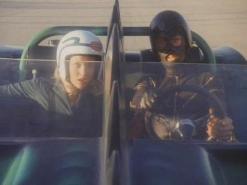 death race 2000: Death Racing, Racing 2000