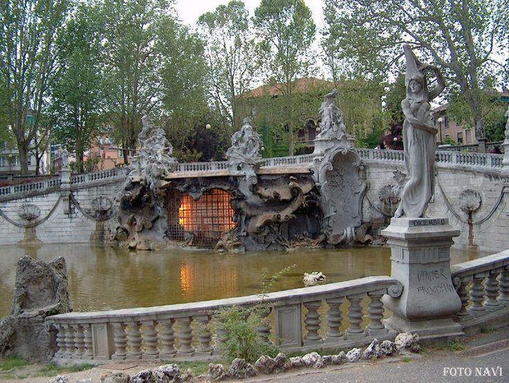 Parco del Valentino - Fontana dei dodici mesi - Torino